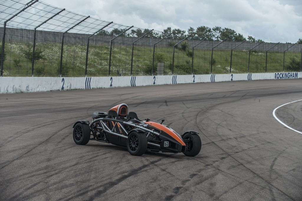 ariel-atom-300-supercharged-driving-experience