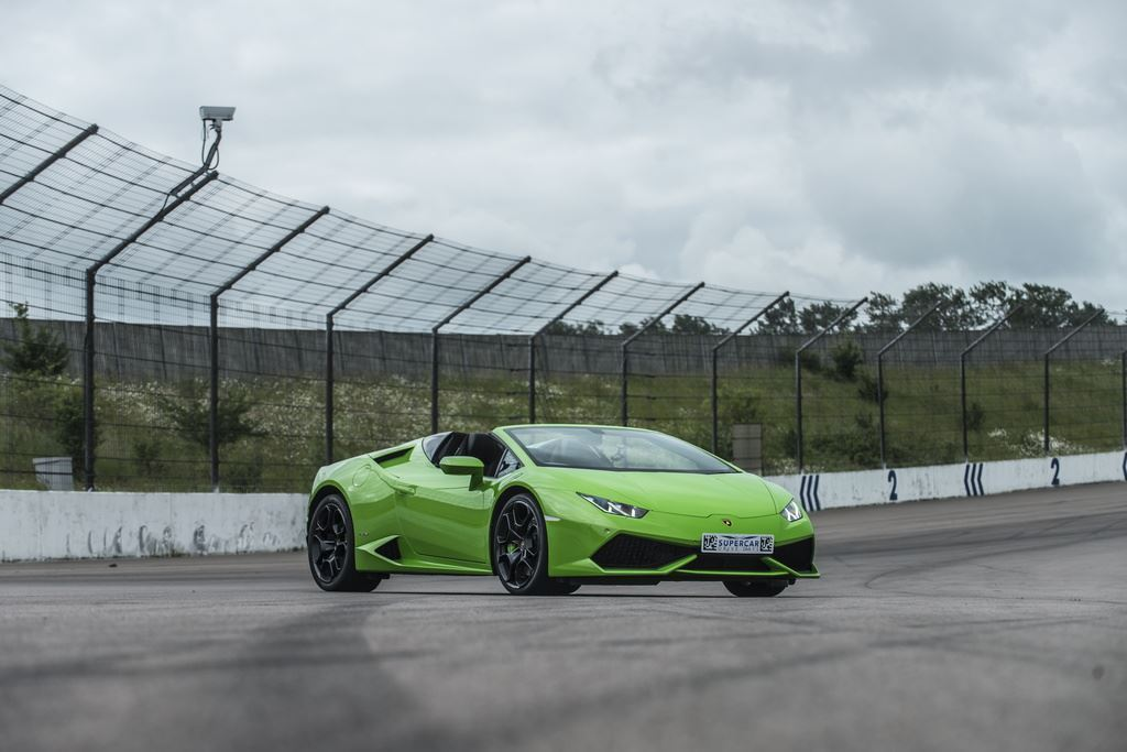 Lamborghini-Huracán-LP610-4-Spyder-Supercar-Driving-Experience